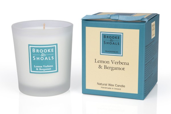 Brooke & Shoals Duftkerze Zitronenverbene & Bergamotte Standardgröße RC im Levinia Maria e-Shop online kaufen